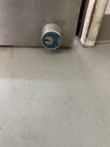 自動ドア鍵開錠