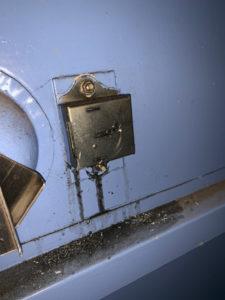 古い金庫開錠