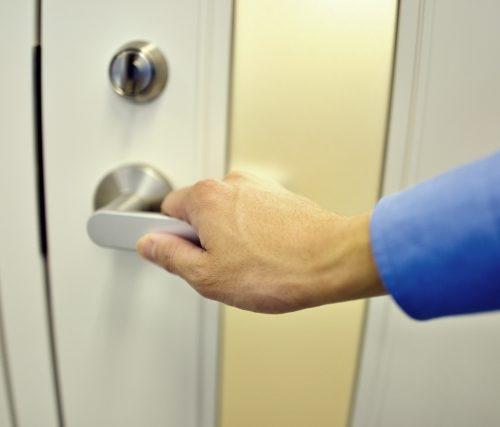 泉南市で鍵の紛失・閉じ込め【困ったときの鍵開けは業者に依頼!】