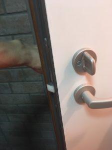 玄関ドア開錠