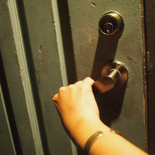 【河辺郡】家の鍵開けを鍵屋さんに依頼したい!費用はどのくらい?