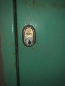 室内ドア鍵開錠